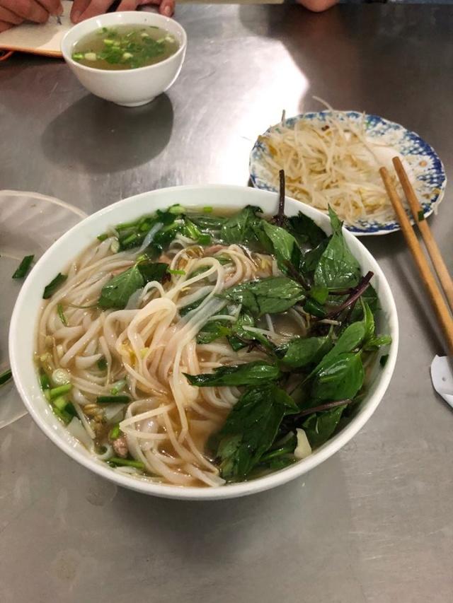 Voyages culinaires et philosophiques (suite) à Da Nang, vietnam - Page 13 130