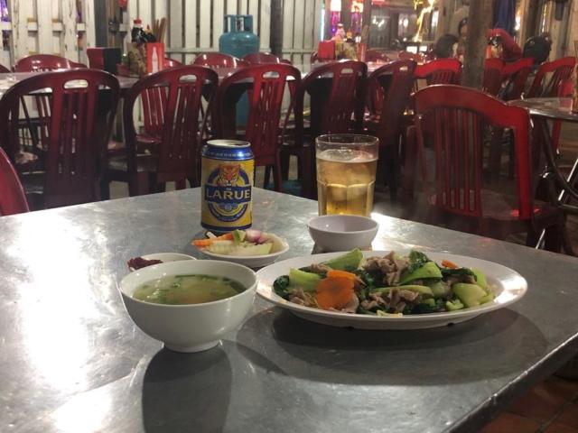 Voyages culinaires et philosophiques (suite) à Da Nang, vietnam - Page 13 133