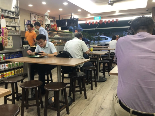 Voyages culinaires et philosophiques (suite) à Da Nang, vietnam - Page 14 223