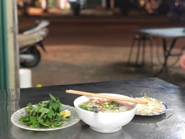 Voyages culinaires et philosophiques (suite) à Da Nang, vietnam - Page 13 315