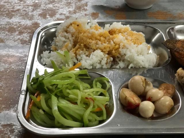 Voyages culinaires et philosophiques (suite) à Da Nang, vietnam - Page 13 413