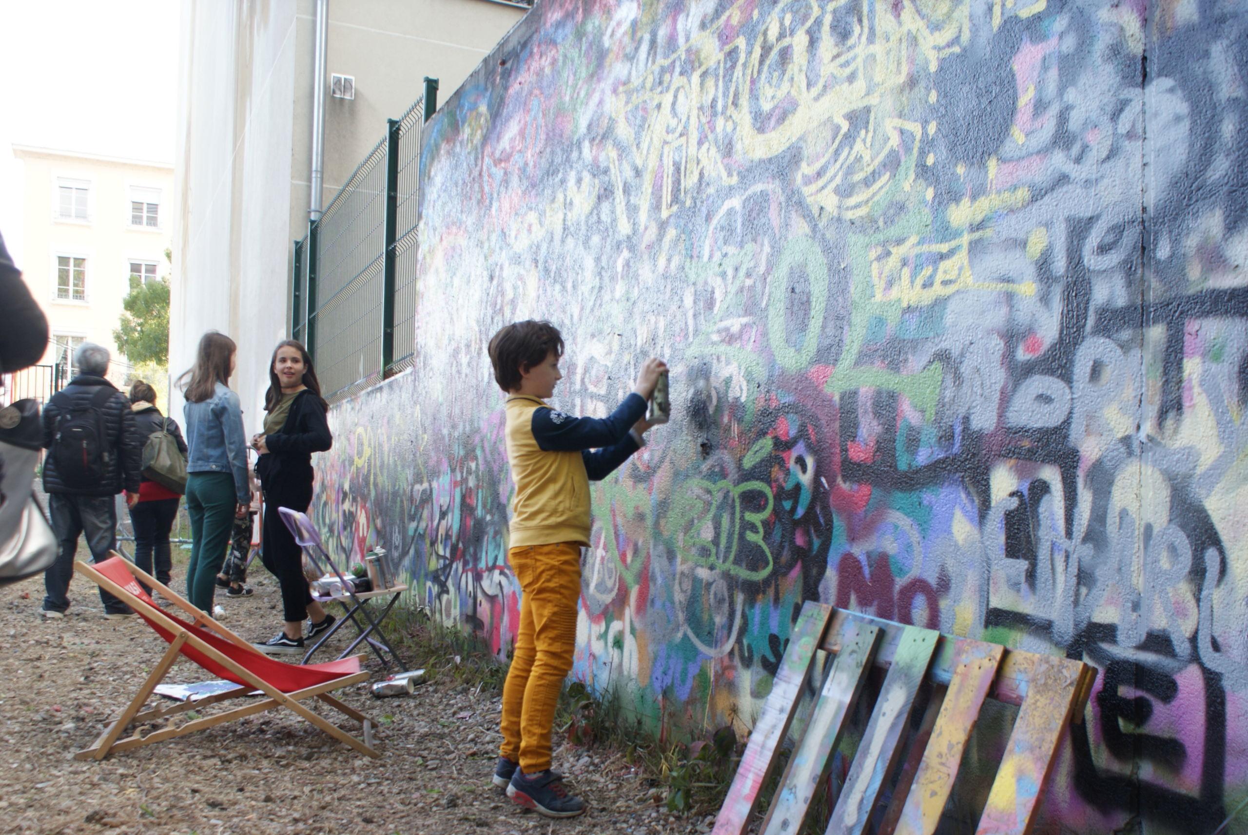 [street art-rue et manifs] Peinture fraîche, à Lyon 2019 et 2020 - Page 6 A1133