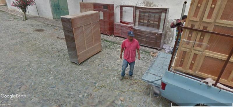STREET VIEW: Petit déménagement à Armadillo ville. A12