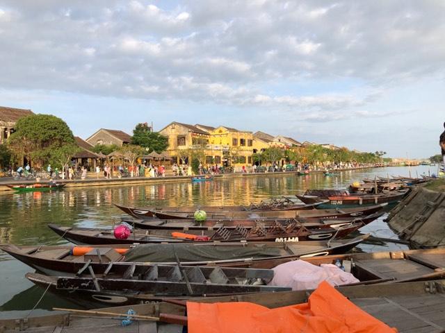 Voyages culinaires et philosophiques (suite) à Da Nang, vietnam - Page 17 A1414