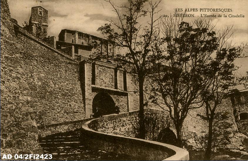 La citadelle de Sisteron:  visite virtuelle d'hier et d'aujourd'hui.  - Page 2 A1886