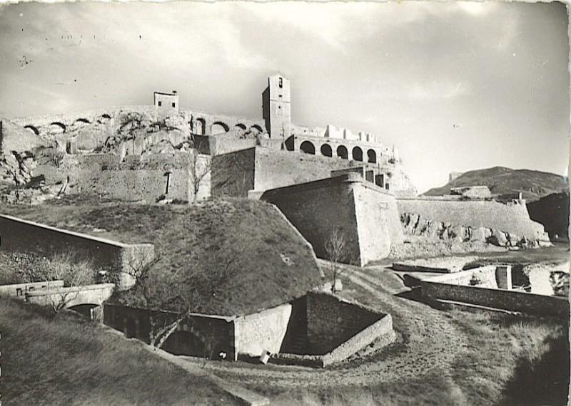 La citadelle de Sisteron:  visite virtuelle d'hier et d'aujourd'hui.  - Page 2 A1888
