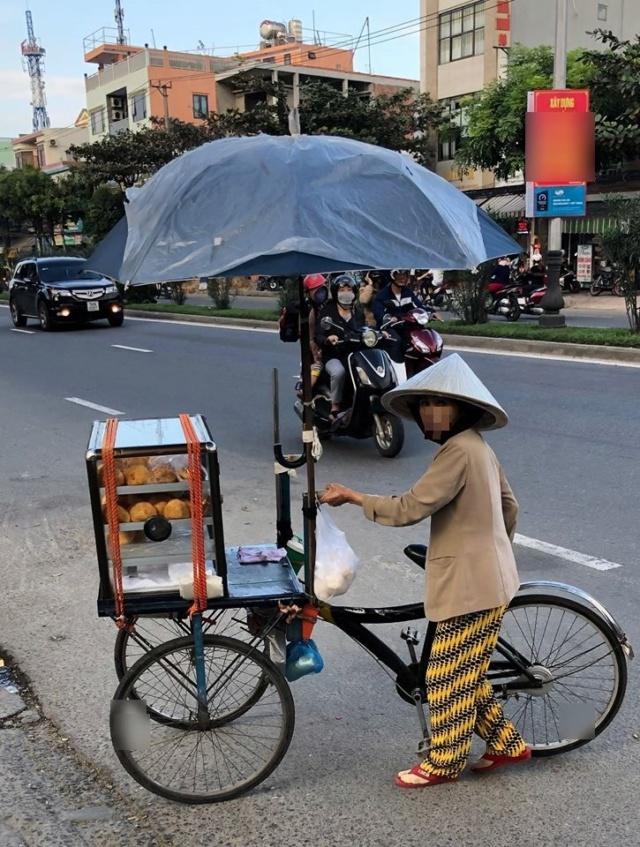 TSGE accompagne François M. à Da Nang. Nos remarques, nos commentaires. A538