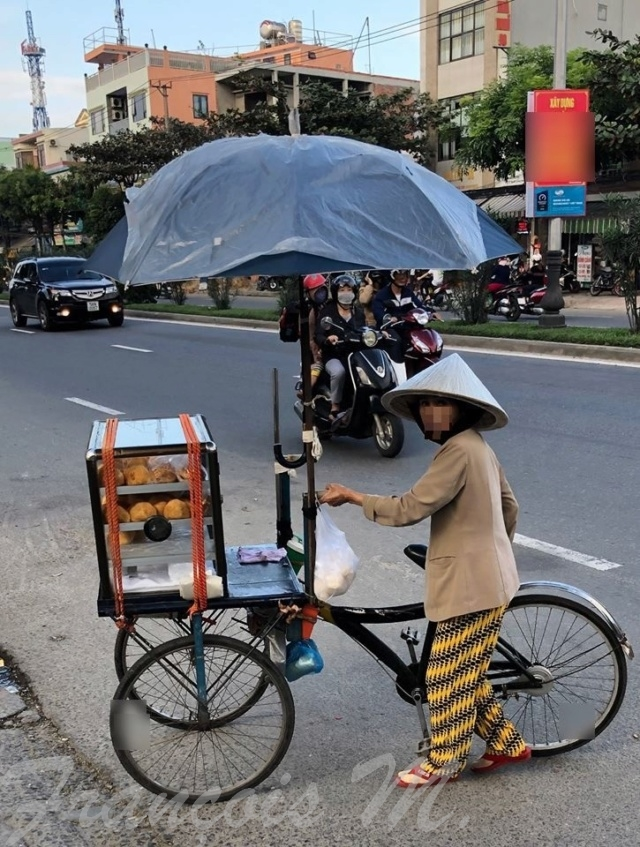 Voyages culinaires et philosophiques (suite) à Da Nang, vietnam - Page 11 A542