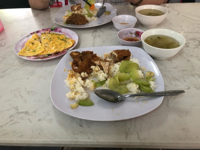 Voyages culinaires et philosophiques (suite) à Da Nang, vietnam - Page 12 A642