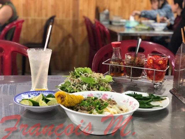 Voyages culinaires et philosophiques (suite) à Da Nang, vietnam - Page 13 A823
