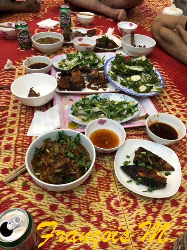 Voyages culinaires et philosophiques (suite) à Da Nang, vietnam - Page 14 A884