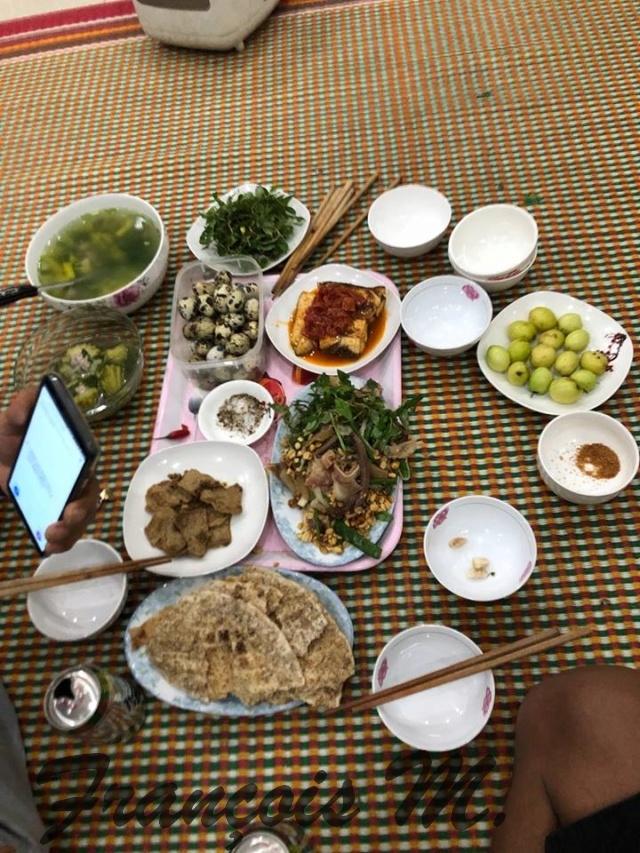 Voyages culinaires et philosophiques (suite) à Da Nang, vietnam - Page 13 A885