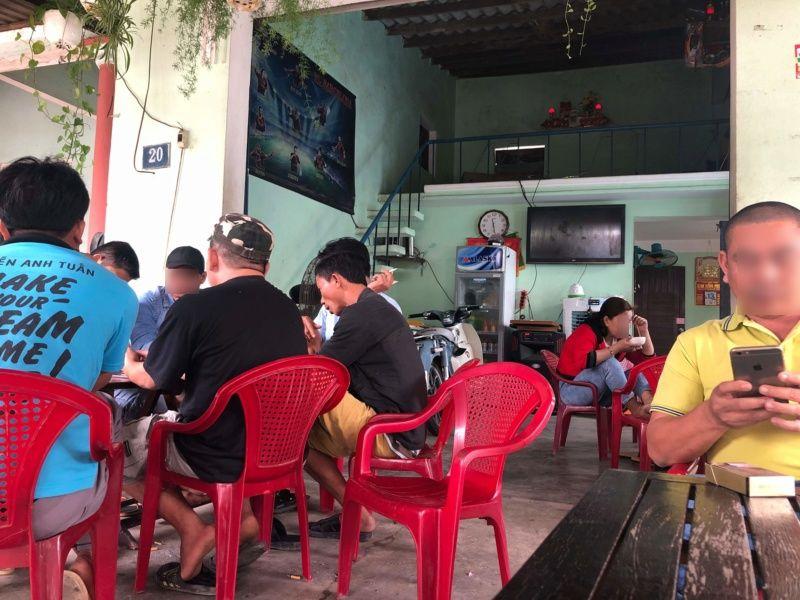 Voyages culinaires et philosophiques (suite) à Da Nang, vietnam - Page 18 A_cens14