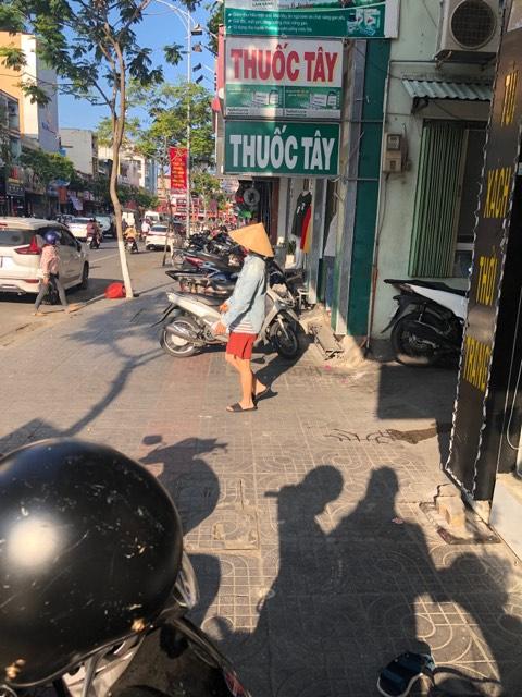 Voyages culinaires et philosophiques (suite) à Da Nang, vietnam - Page 19 C17