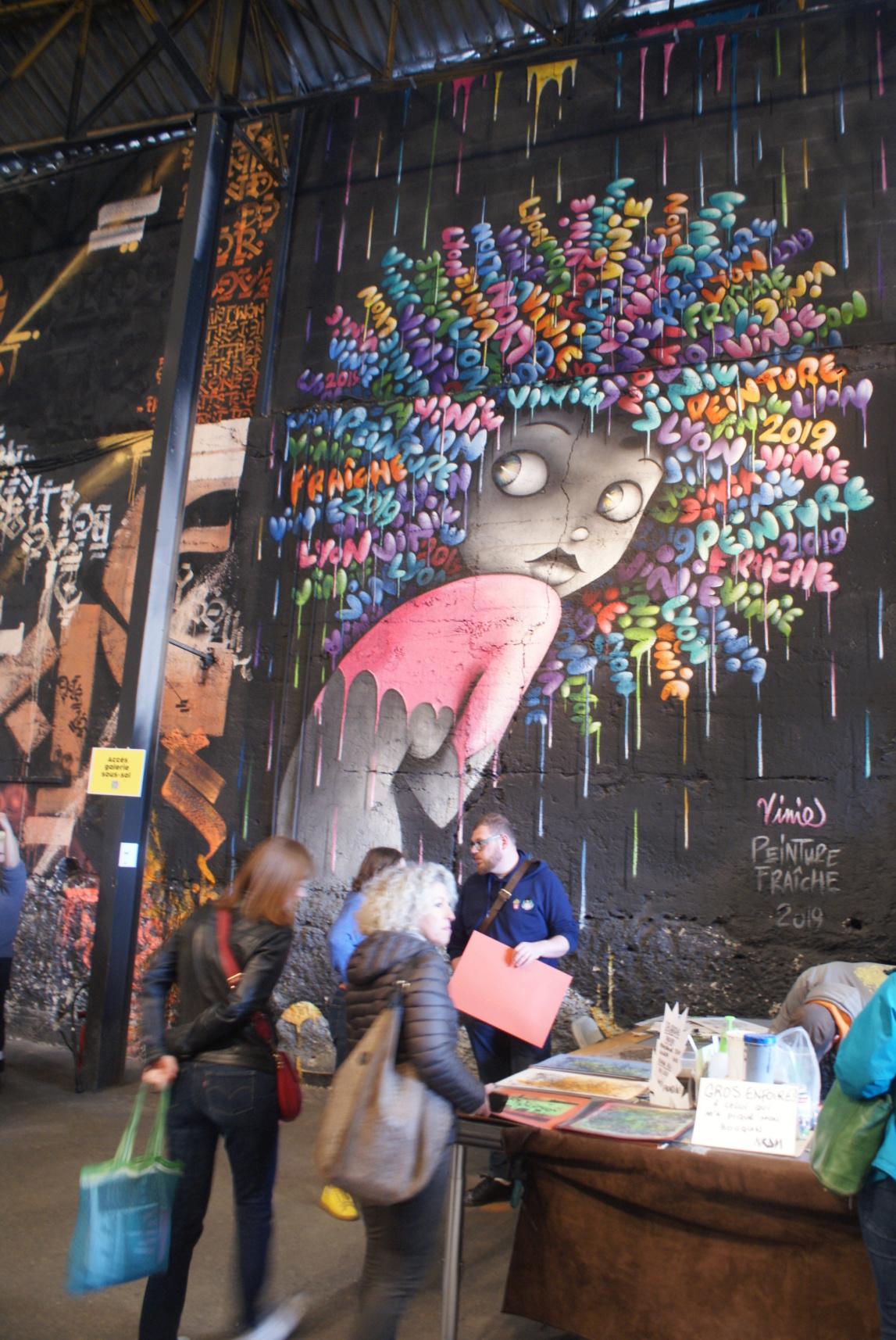 [street art-rue et manifs] Peinture fraîche, à Lyon 2019 Dsc05110
