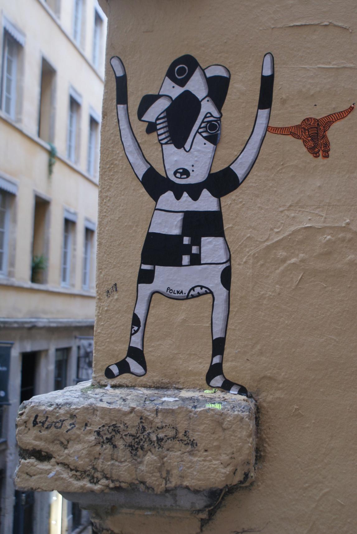 [street art-rue et manifs] Peinture fraîche, à Lyon 2019, 2020 ET 2021 - Page 15 Dsc05811