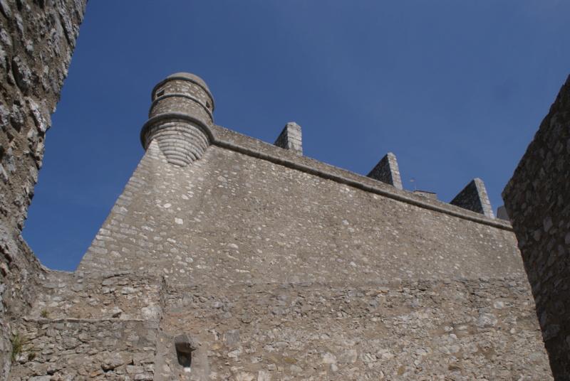 La citadelle de Sisteron:  visite virtuelle d'hier et d'aujourd'hui.  - Page 2 Dsc06371