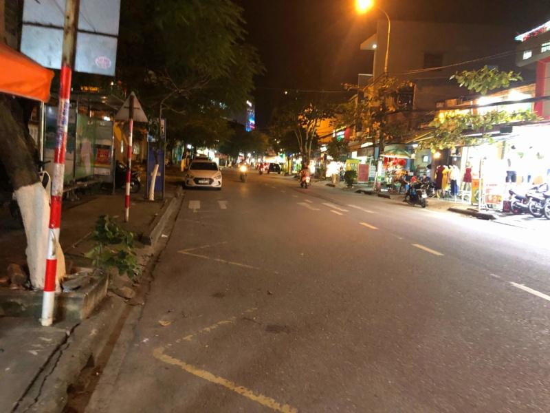 Voyages culinaires et philosophiques (suite) à Da Nang, vietnam - Page 17 Recei118