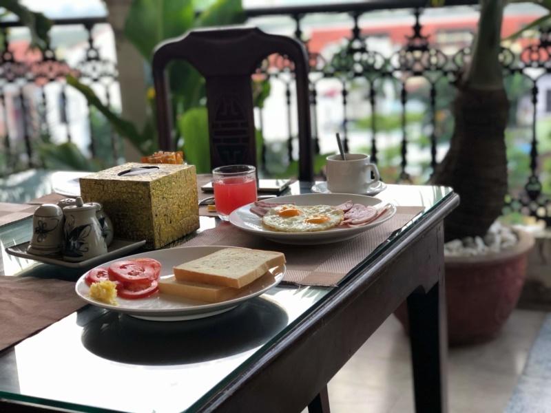 Voyages culinaires et philosophiques (suite) à Da Nang, vietnam - Page 17 Recei121