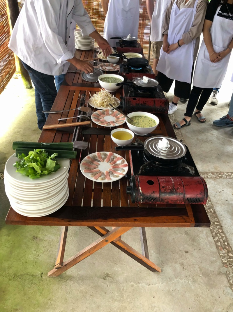 Voyages culinaires et philosophiques (suite) à Da Nang, vietnam - Page 18 Recei130