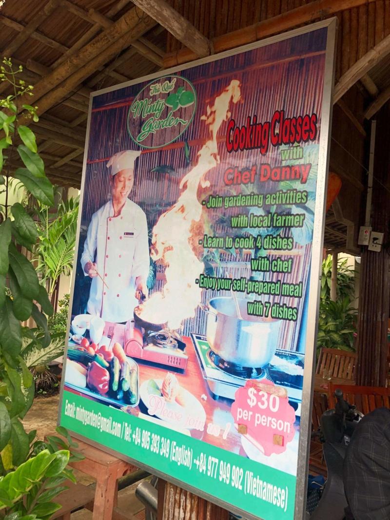 Voyages culinaires et philosophiques (suite) à Da Nang, vietnam - Page 18 Recei149
