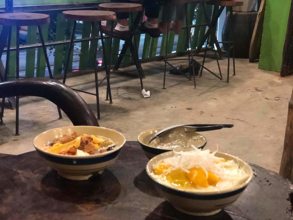 Voyages culinaires et philosophiques (suite) à Da Nang, vietnam - Page 18 Recei157
