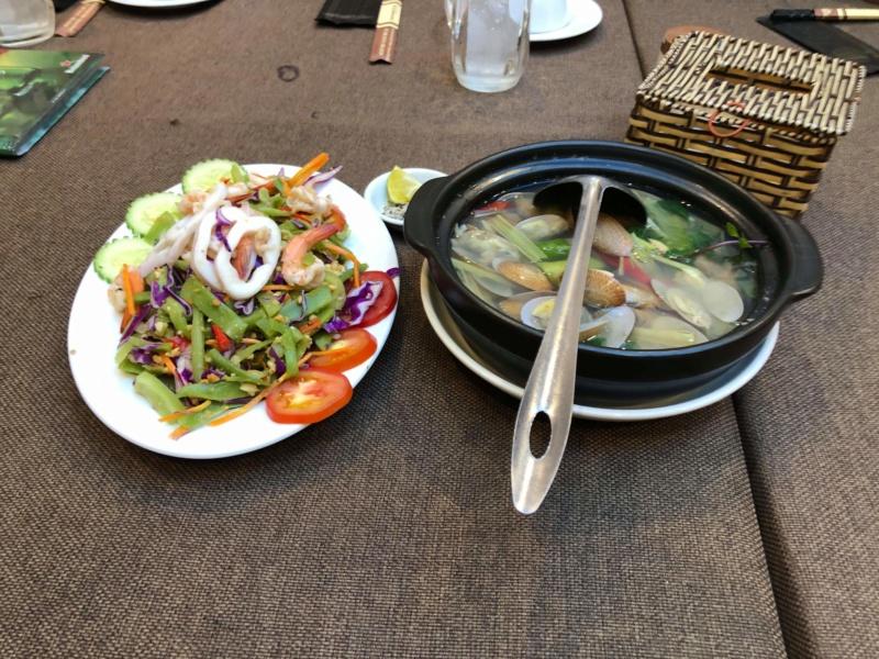 Voyages culinaires et philosophiques (suite) à Da Nang, vietnam - Page 18 Recei202
