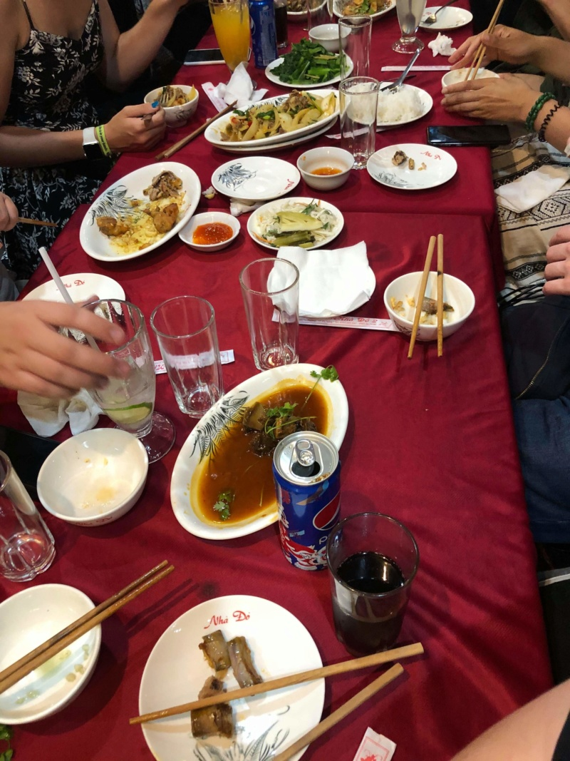 Voyages culinaires et philosophiques (suite) à Da Nang, vietnam - Page 18 Recei219