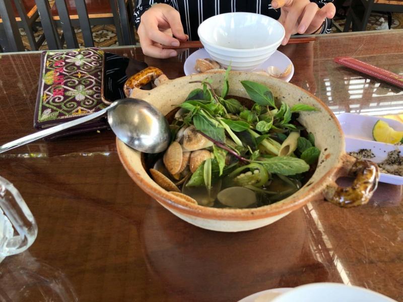 Voyages culinaires et philosophiques (suite) à Da Nang, vietnam - Page 19 Recei240