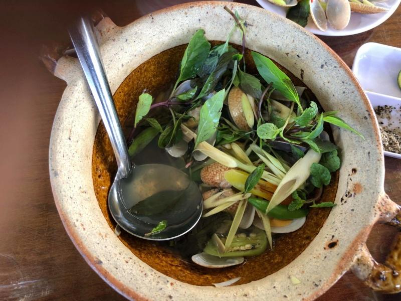 Voyages culinaires et philosophiques (suite) à Da Nang, vietnam - Page 19 Recei241