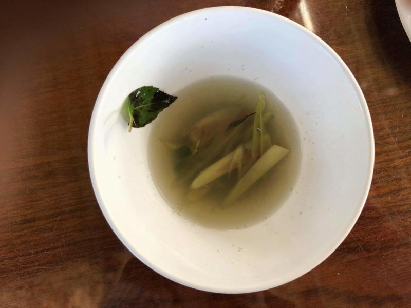 Voyages culinaires et philosophiques (suite) à Da Nang, vietnam - Page 19 Recei242