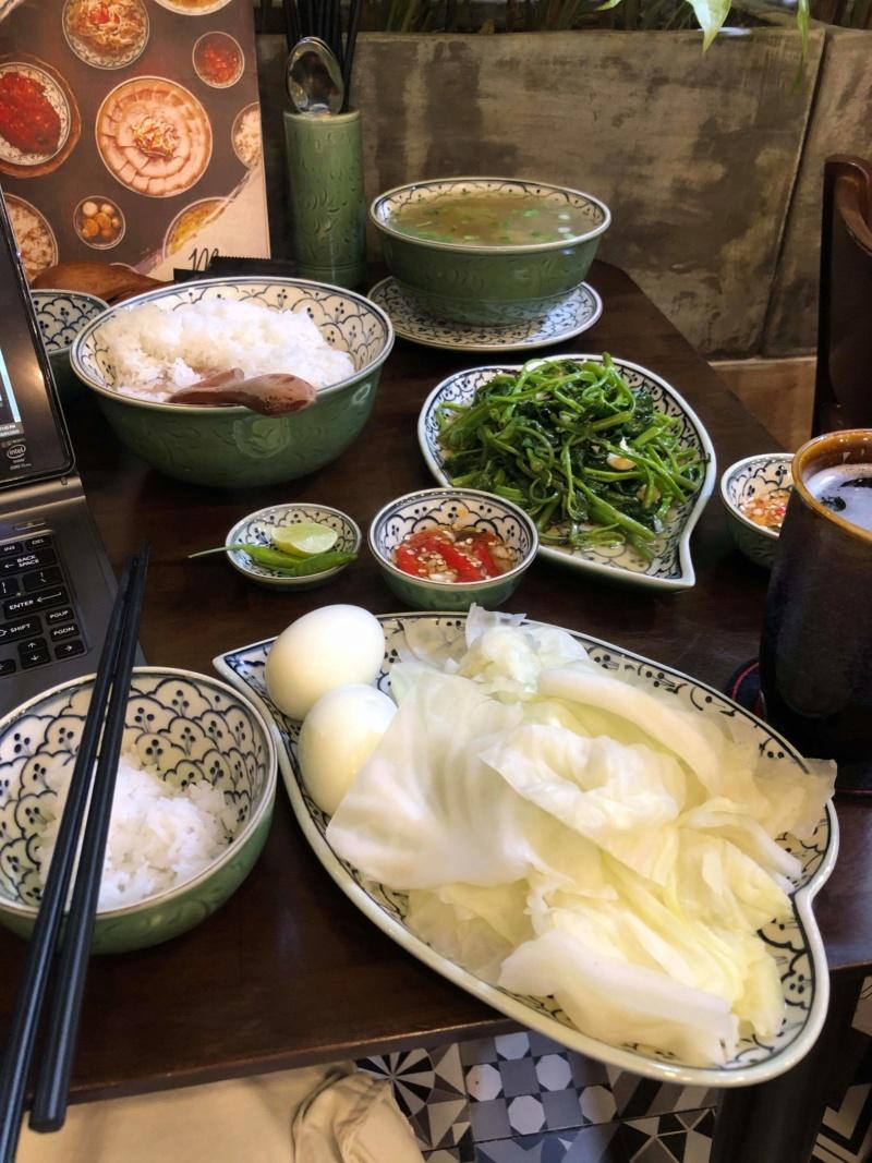 Voyages culinaires et philosophiques (suite) à Da Nang, vietnam - Page 19 Recei263