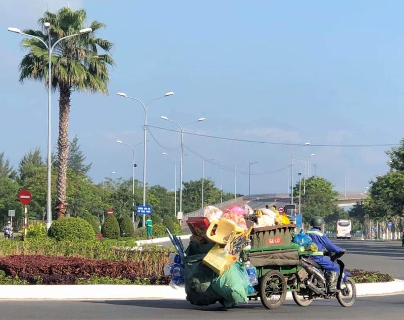 Voyages culinaires et philosophiques (suite) à Da Nang, vietnam - Page 19 Recei289