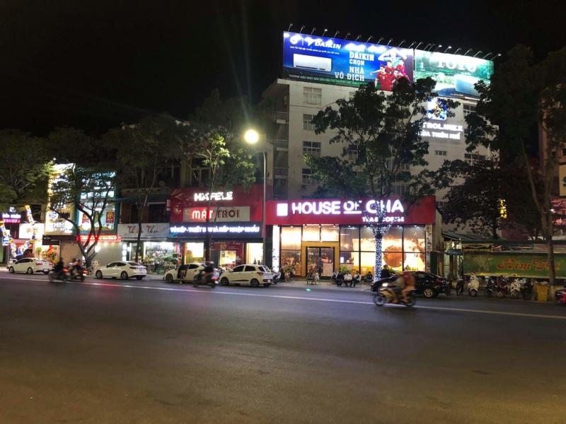 Voyages culinaires et philosophiques (suite) à Da Nang, vietnam - Page 19 Recei309
