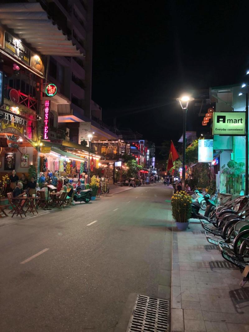 Voyages culinaires et philosophiques (suite) à Da Nang, vietnam - Page 19 Recei311