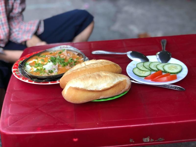 Voyages culinaires et philosophiques (suite) à Da Nang, vietnam - Page 19 Recei313