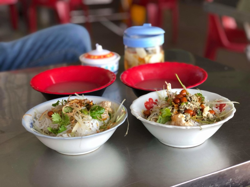 Voyages culinaires et philosophiques (suite) à Da Nang, vietnam - Page 19 Recei317