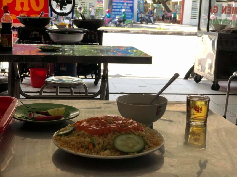 Voyages culinaires et philosophiques (suite) à Da Nang, vietnam - Page 16 Receiv59