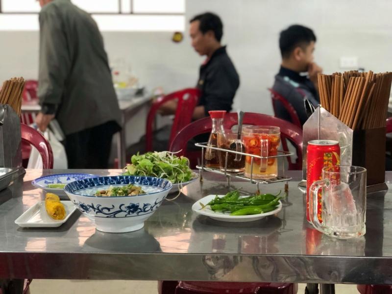 Voyages culinaires et philosophiques (suite) à Da Nang, vietnam - Page 16 Receiv73