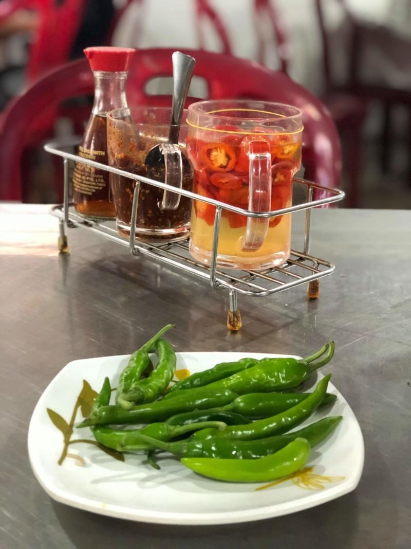 Voyages culinaires et philosophiques (suite) à Da Nang, vietnam - Page 16 Receiv75