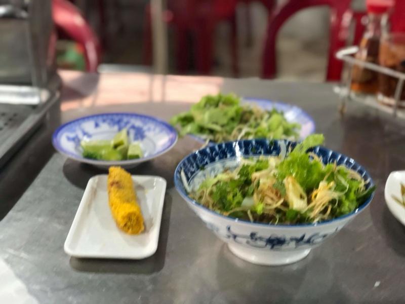 Voyages culinaires et philosophiques (suite) à Da Nang, vietnam - Page 16 Receiv76