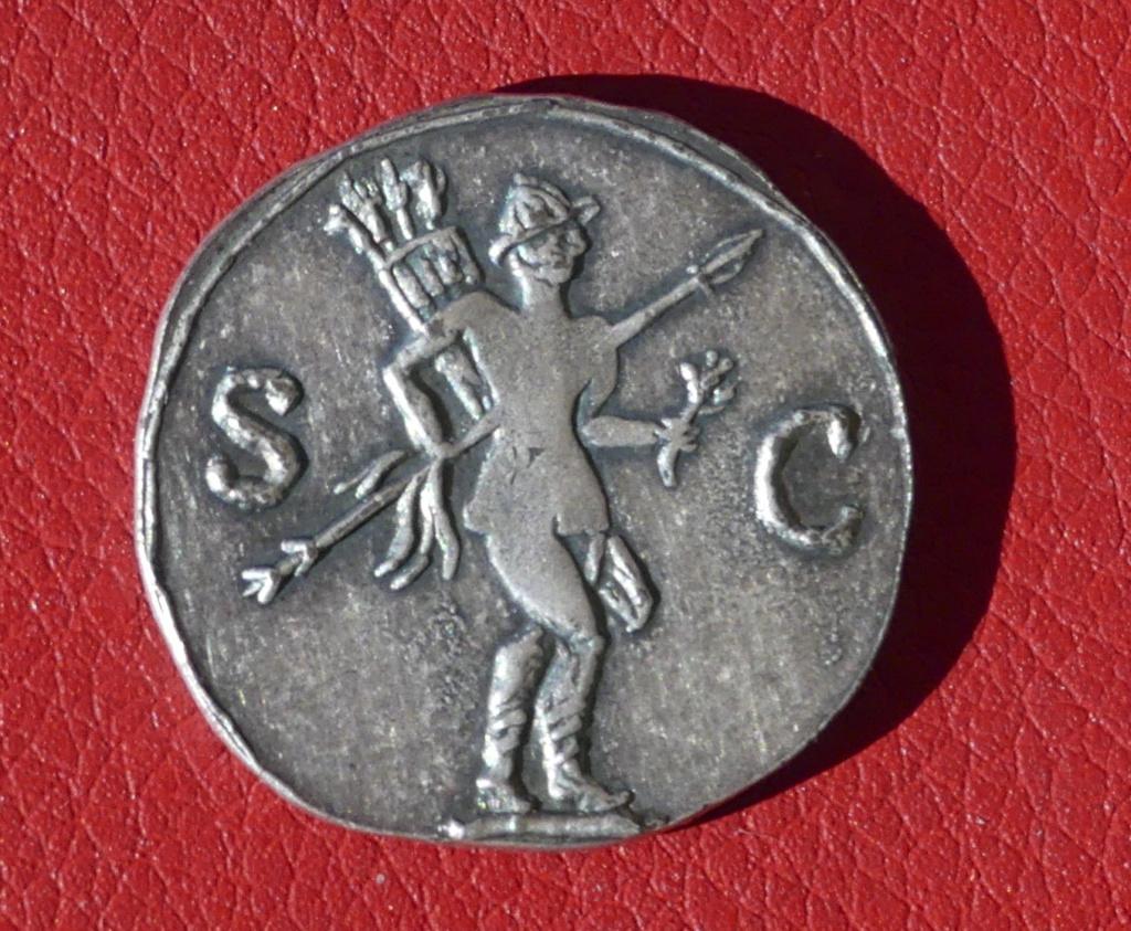 Moneda de fantasia emperador Adriano 0212