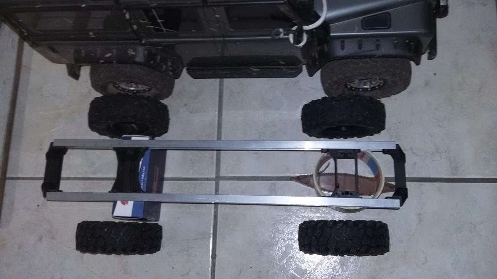 Un autre Land Rover 1/8 foward control 101 20181126