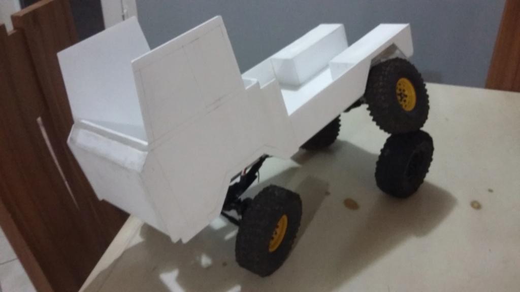 Un autre Land Rover 1/8 foward control 101 20181231