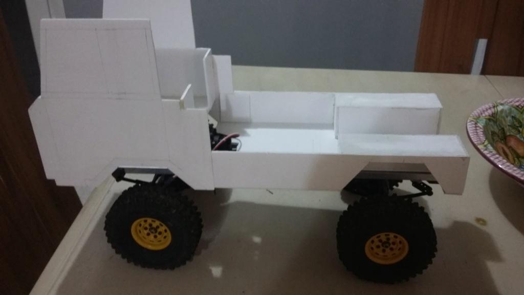 Un autre Land Rover 1/8 foward control 101 20181233