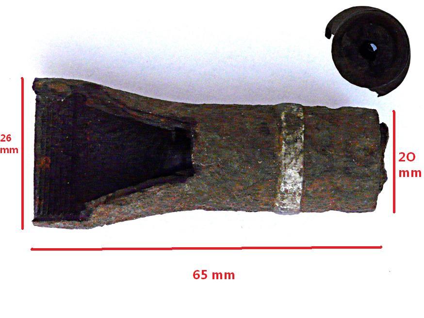 Identification. Munitions découvertes sur un site de guerre allemand en Provence Muniti10