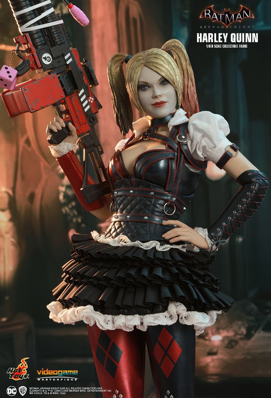 HarleyQuinn - NEW PRODUCT: HOT TOYS: BATMAN: ARKHAM KNIGHT HARLEY QUINN 1/6TH SCALE COLLECTIBLE FIGURE 10246