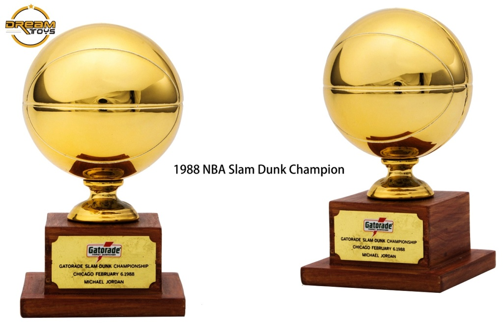 NEW PRODUCT: DREAMTOYS New: 1/6 MJ23 KB24 Jordan / Kobe - Honor Trophy Set 1033