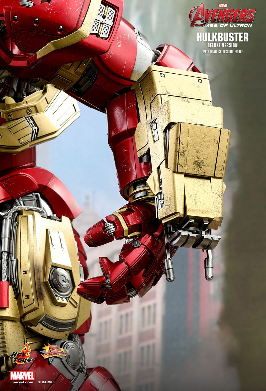 NEW PRODUCT: HOT TOYS: AVENGERS: AGE OF ULTRON HULKBUSTER (DELUXE VERSION) 1/6TH SCALE COLLECTIBLE FIGURE 1066