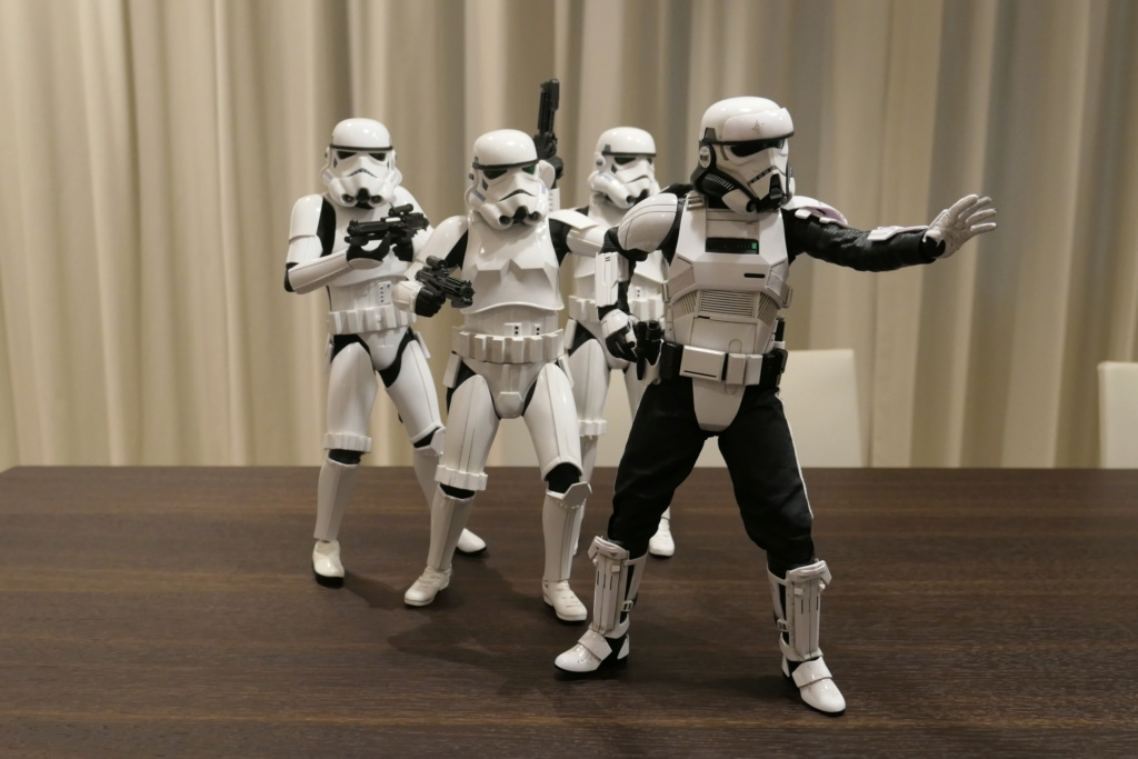 stormtrooper - NEW PRODUCT: HOT TOYS: STAR WARS STORMTROOPER (DELUXE VERSION) 1/6TH SCALE COLLECTIBLE FIGURE 10dv1o10